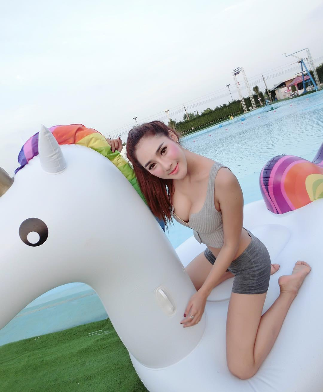 Aomamp Narak Sexy Picture and Photo