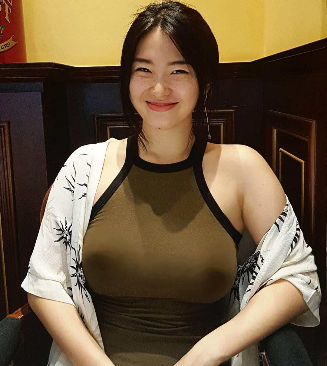 Juasicko Big Boobs Picture and Photo