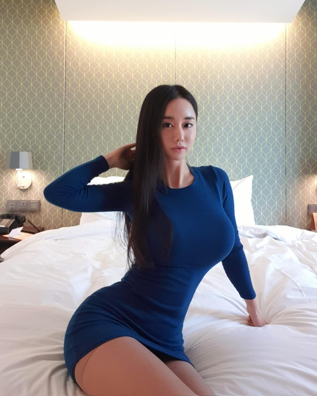 Korean Sweety Girl Candy.Seul Huge Boobs and Tits Pictures