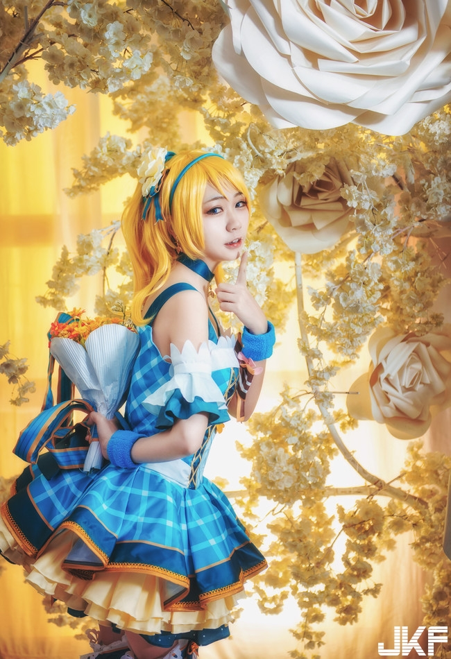 Lovelive in the 繪 bouquet wakes up cosplay