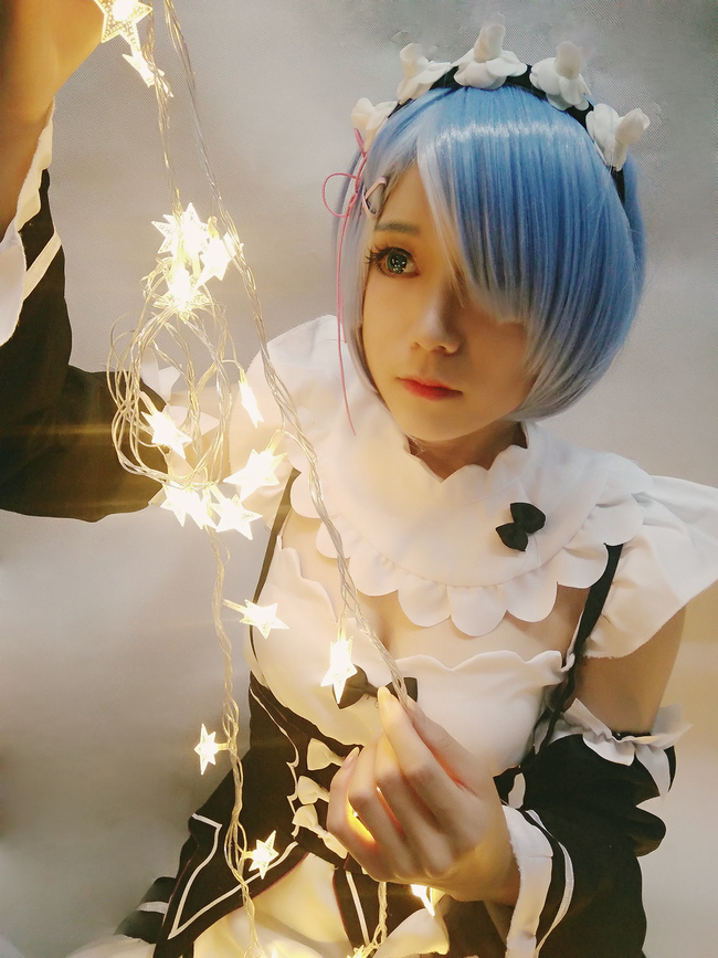 Re: World Life from zero, Rem cosplay 7