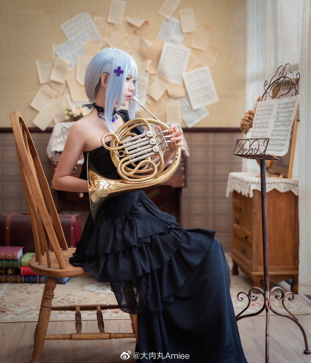 """The girl's previous title, """"The Flower of the Other Side of the HumanOid"""", hk416 Cosplay"""