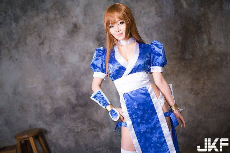 The beautiful cosplay goddess 繹 many characters in the world