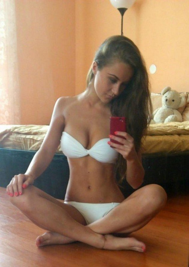 Hot And Sexy Selfies