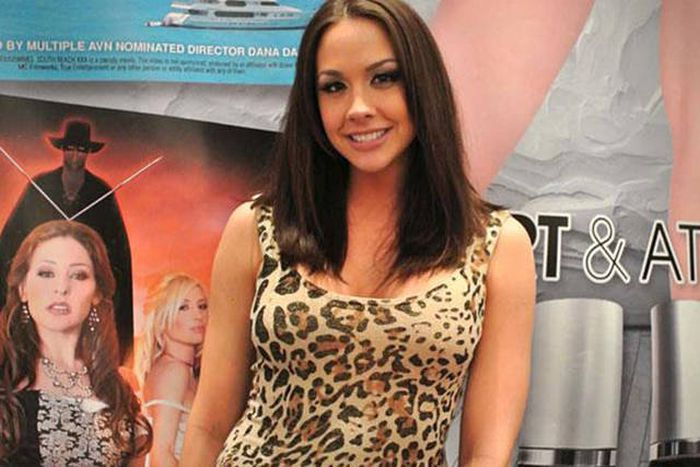 Porn Actresses Reveal Where They Worked Before They Got Into The Porn Industry