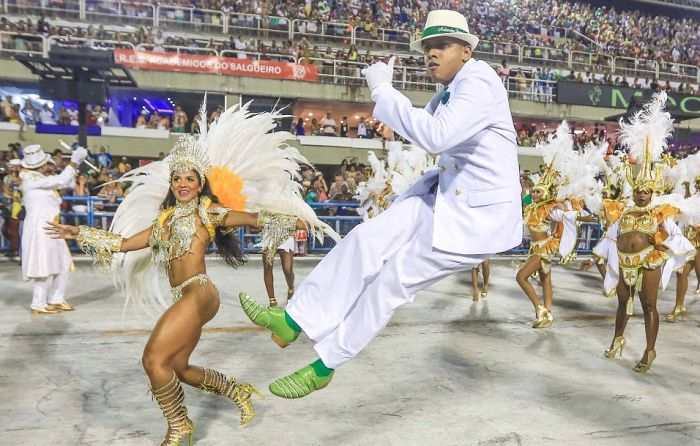 Thousands Of Sexy Samba Dancers Gather For Carnival In Brazil