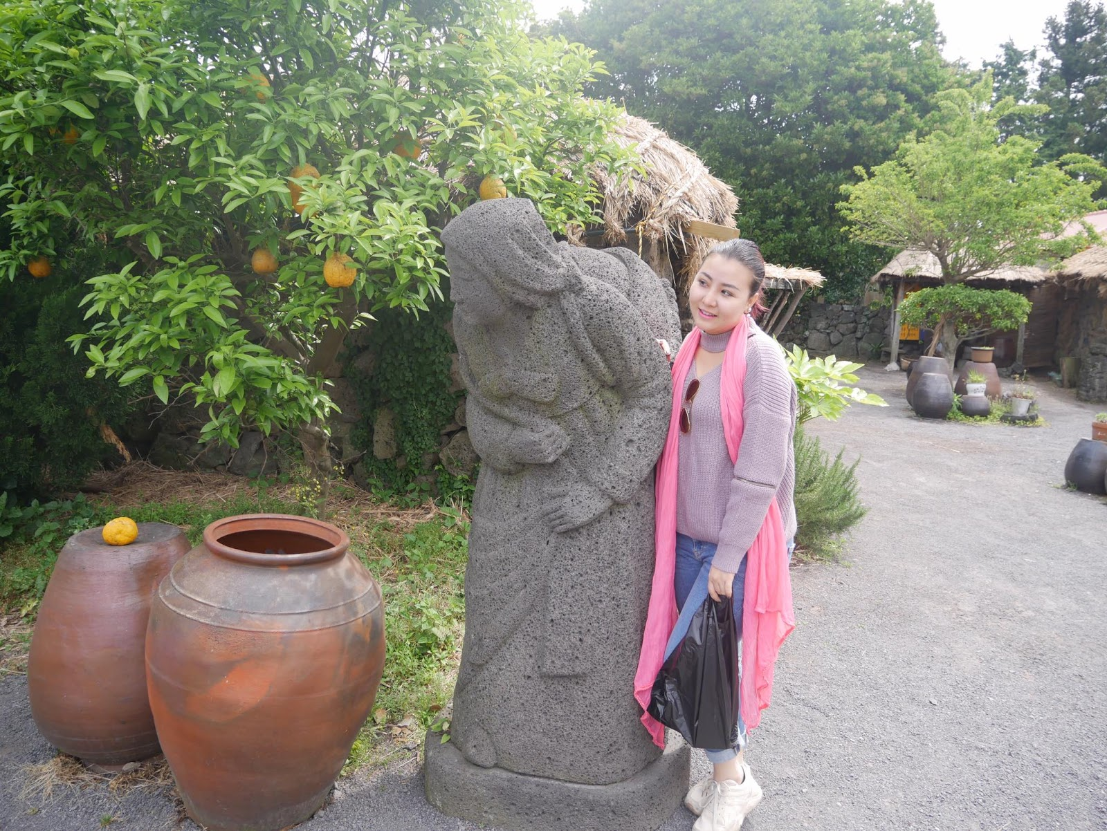 Thun Sett In Jeju Island And Her Vacation Snaps