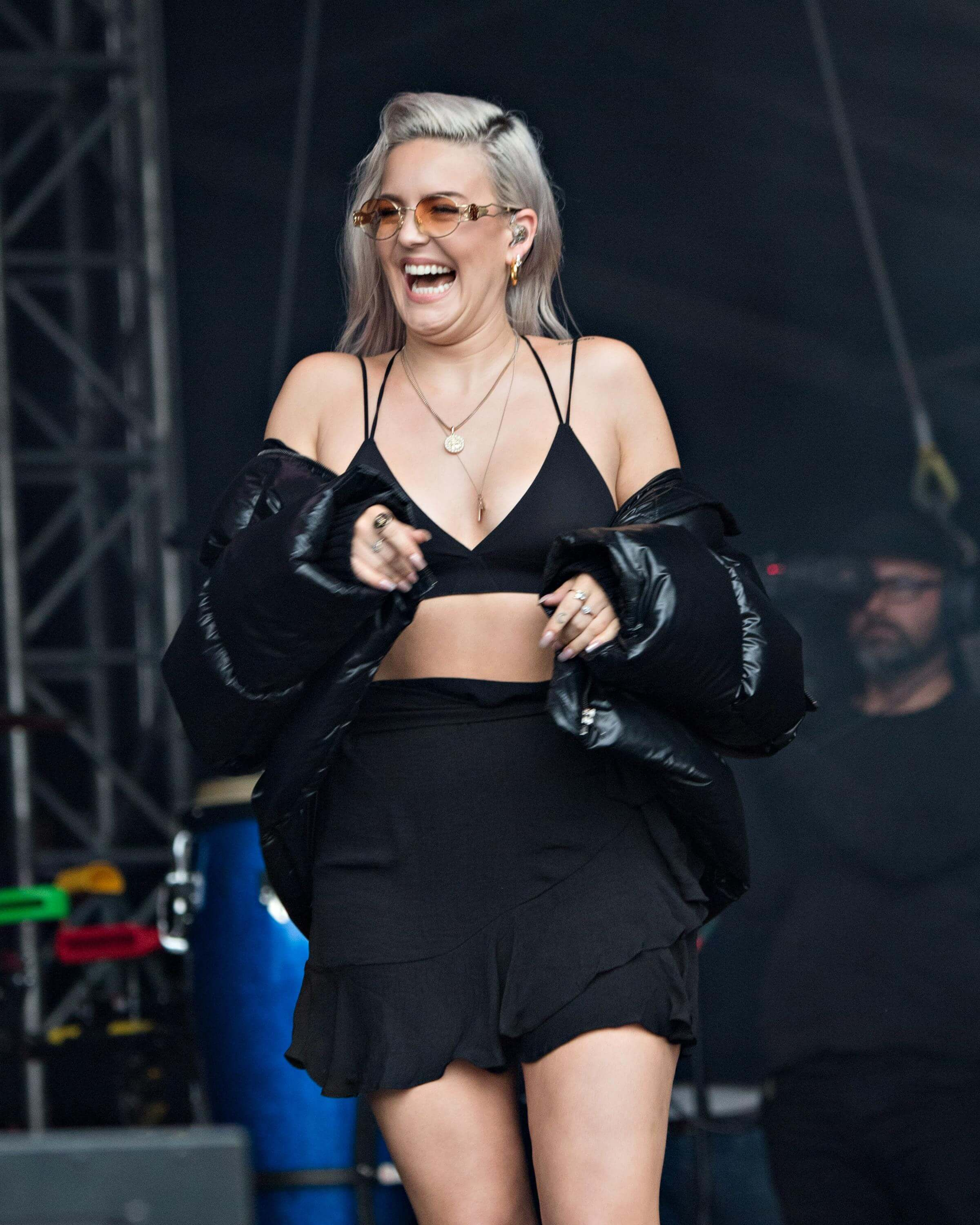 Anne-Marie Singer hot picture