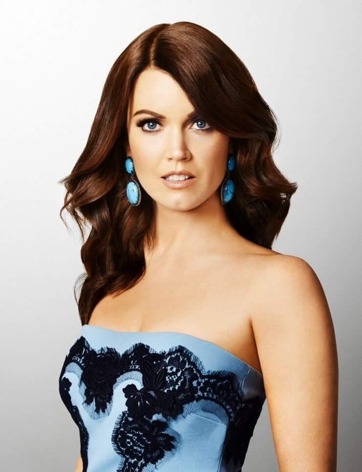 Bellamy Young hot image