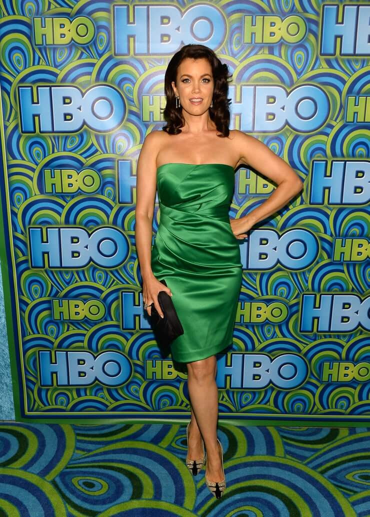 Bellamy Young hot photo