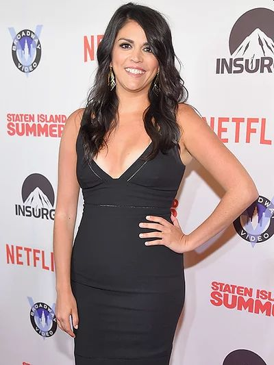 Cecily Strong hot looks
