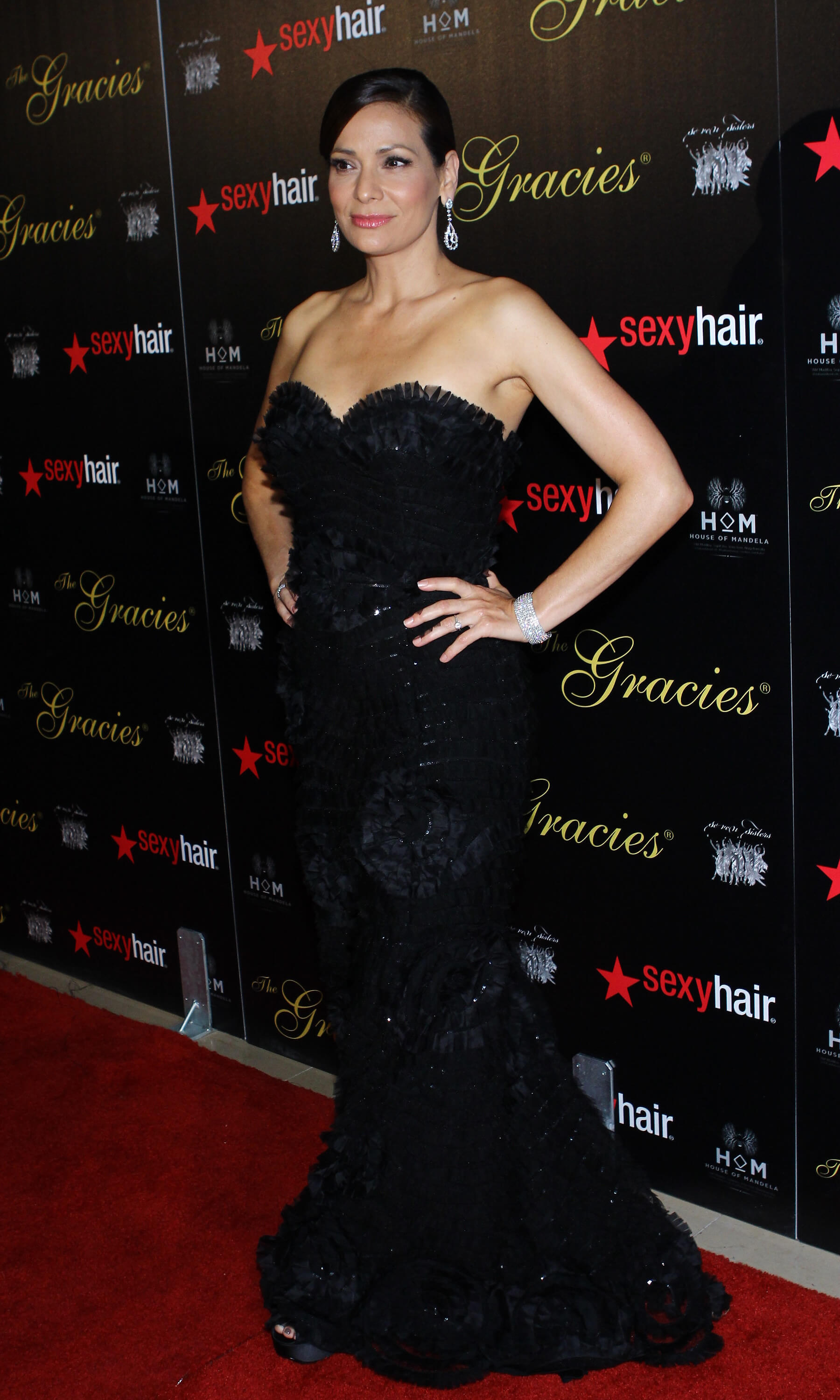 Constance Marie awesome pictures (2)