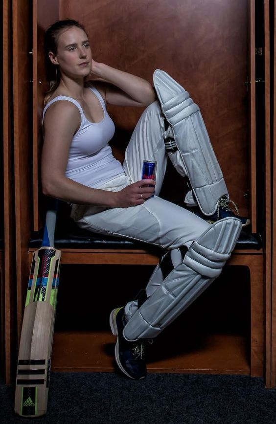 Ellyse Perry hot looks