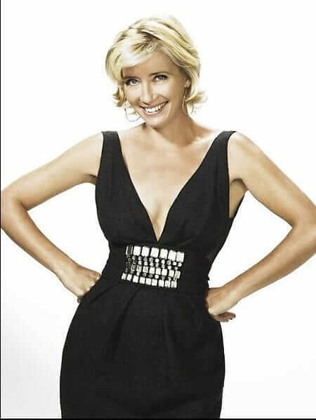 Emma Thompson sexy cleavages pics