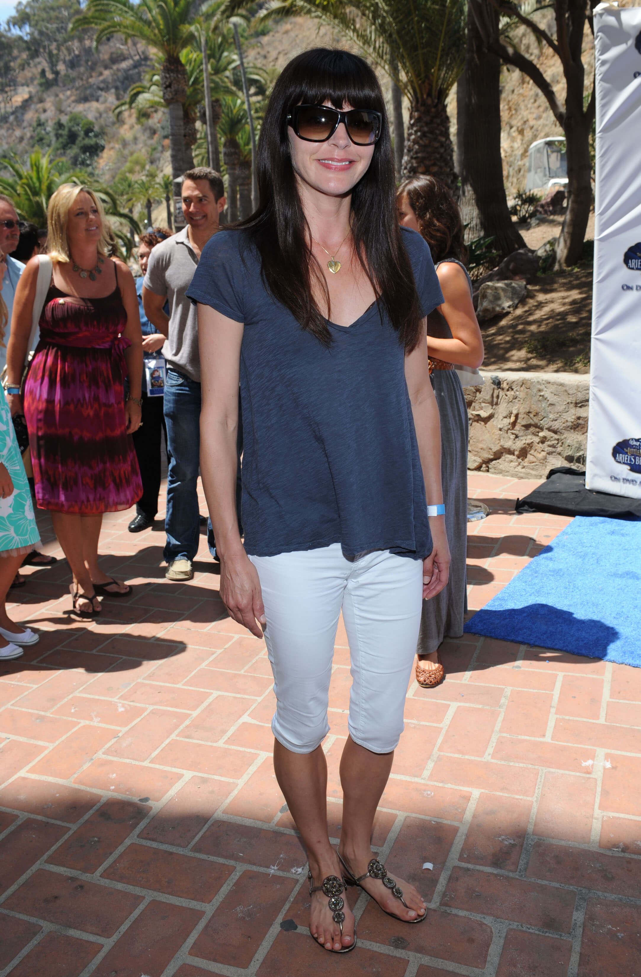 Jane Leeves hot look picture (3)