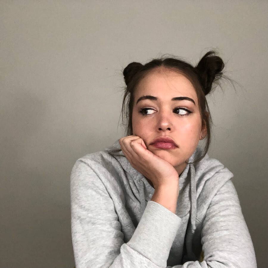 Kaylee Bryant awesome look pic
