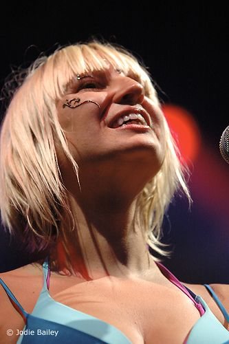 Sia Furler very sexy pic