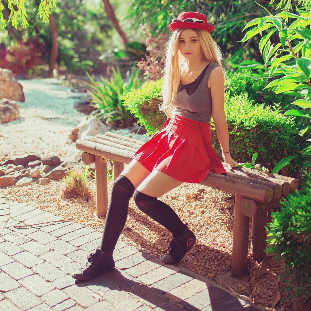 Amy Thunderbolt Cosplay Picture and Photo