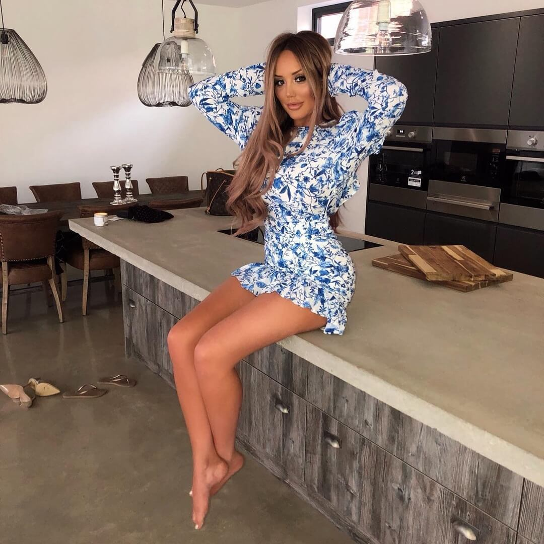 charlotte crosby bare feet pictures