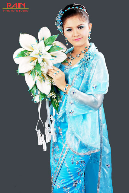 Model and Singer, Jenny with Myanmar Traditional Wedding Dress