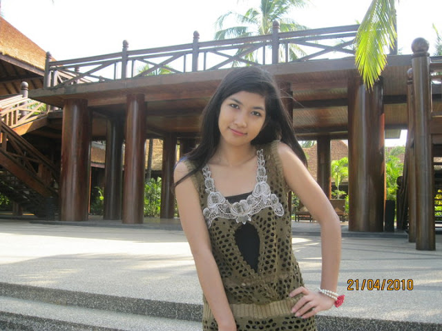 Myanmar New Face Model, Maw Phu Maung's Sexy Casual Photos