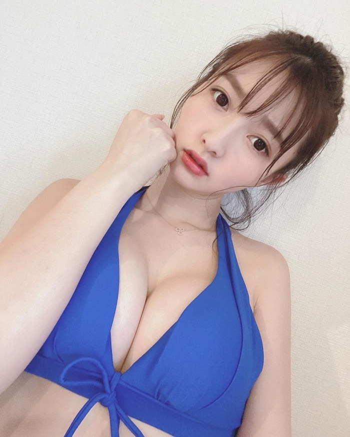 She is rich, she is a model, she could be your girlfriend – Moca Hashimoto